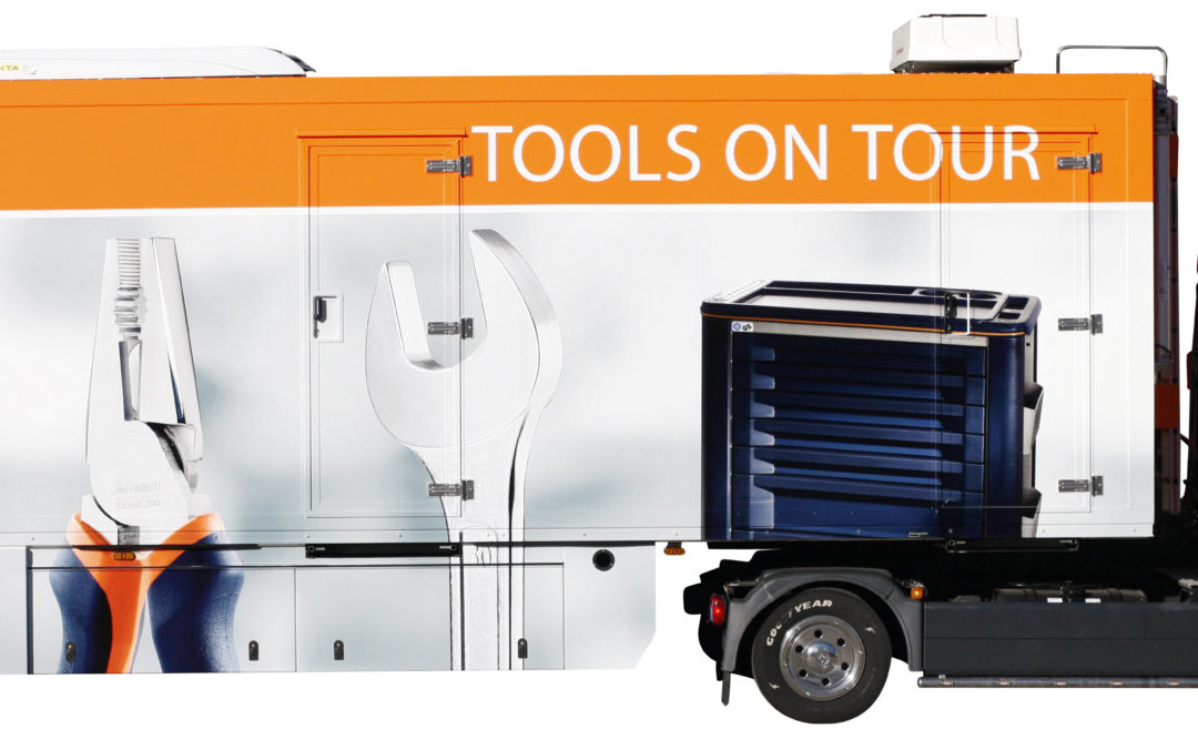 Tool truck for the road show at JoRe Werkzeugbau